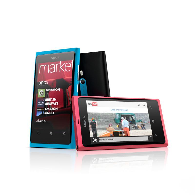 Nokia-Lumia-800_group_72dpi