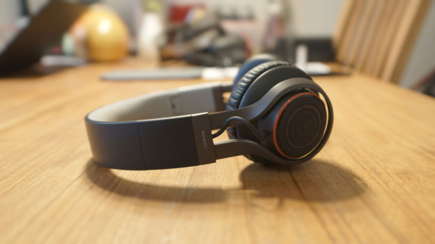 Review Jabra Revo Wireless