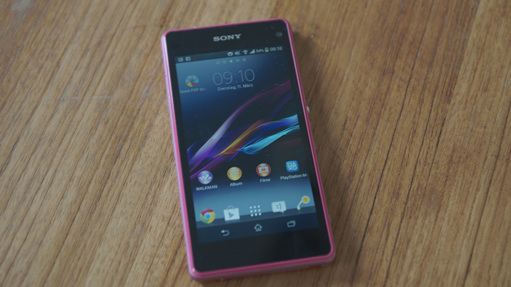Sony_Xperia_Z1_Compact_12